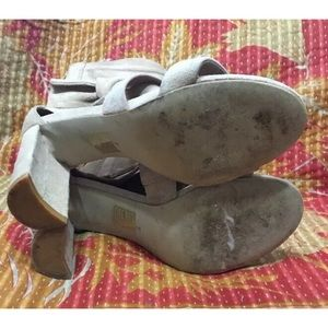 Anthropologie Shoes - Jeffrey Campbell Pink Despoina BOW Suede Heels 7